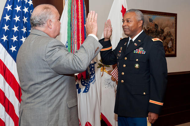 Army Identifies Nearly 700 Officers Slated For Command At