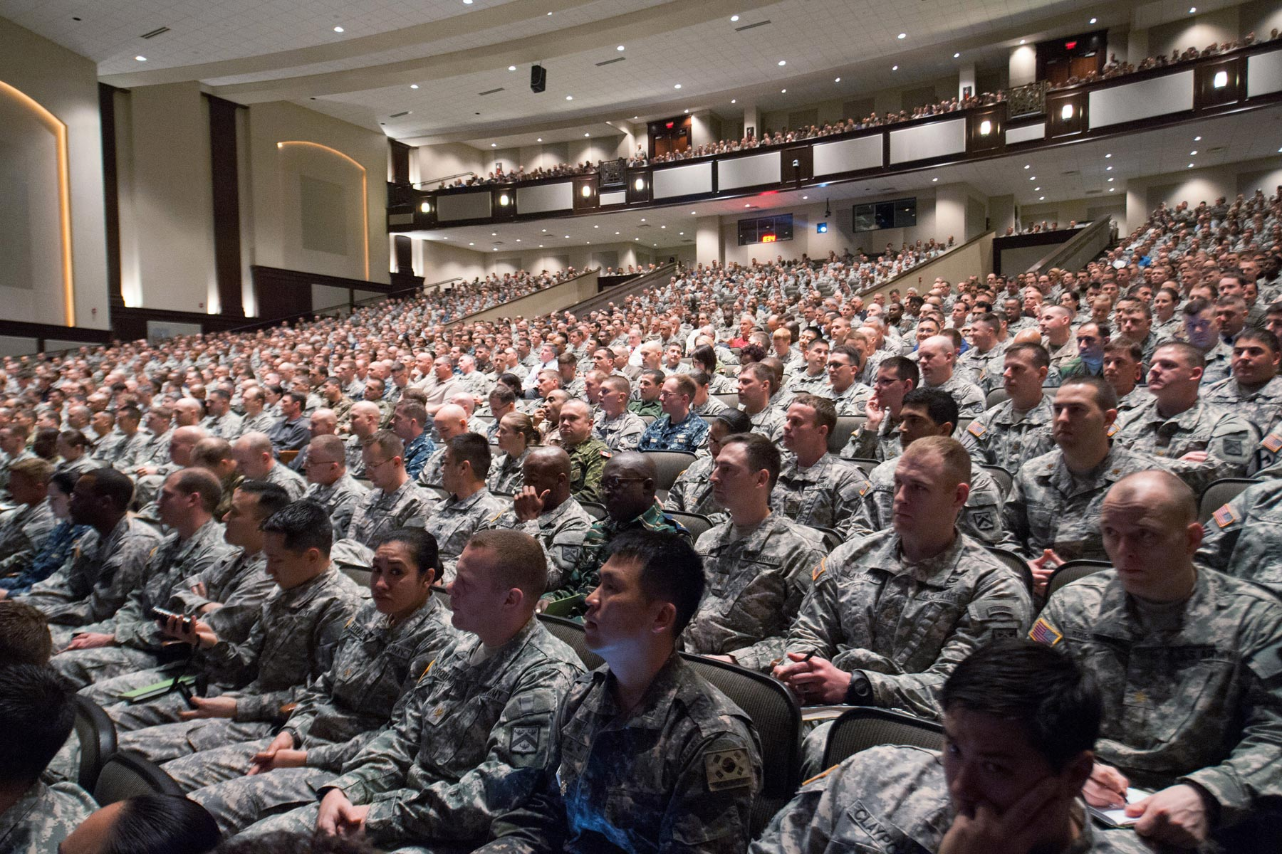 army contests claims of discrimination against pregnant