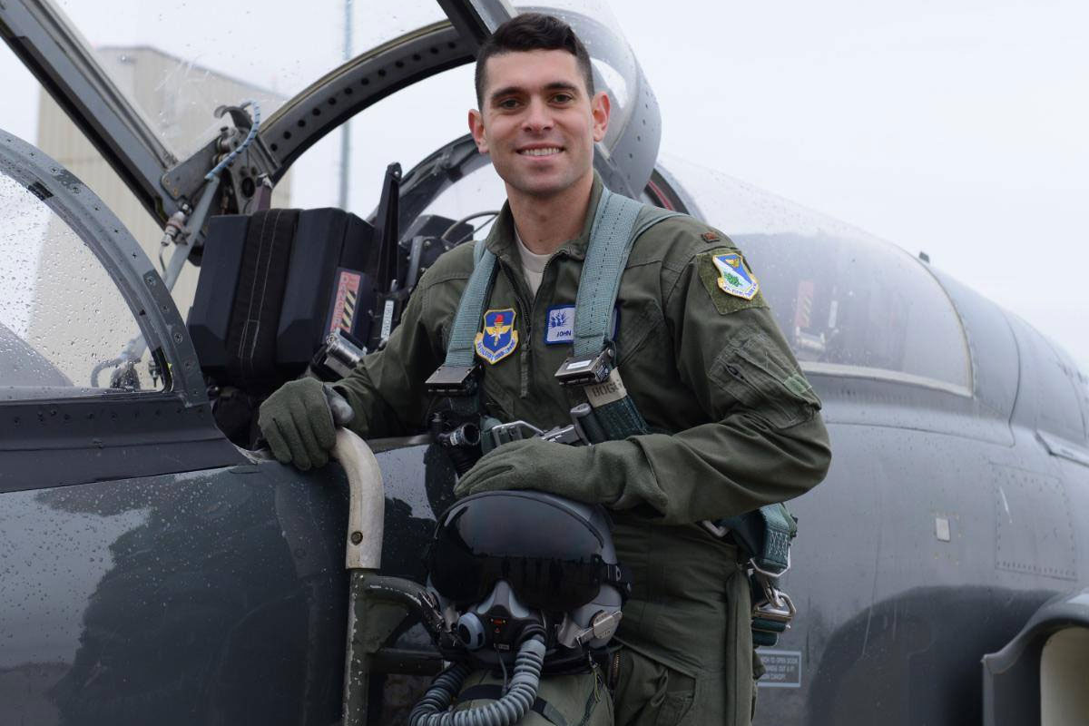 Air Force Identifies Pilots Killed Injured In Latest T 38