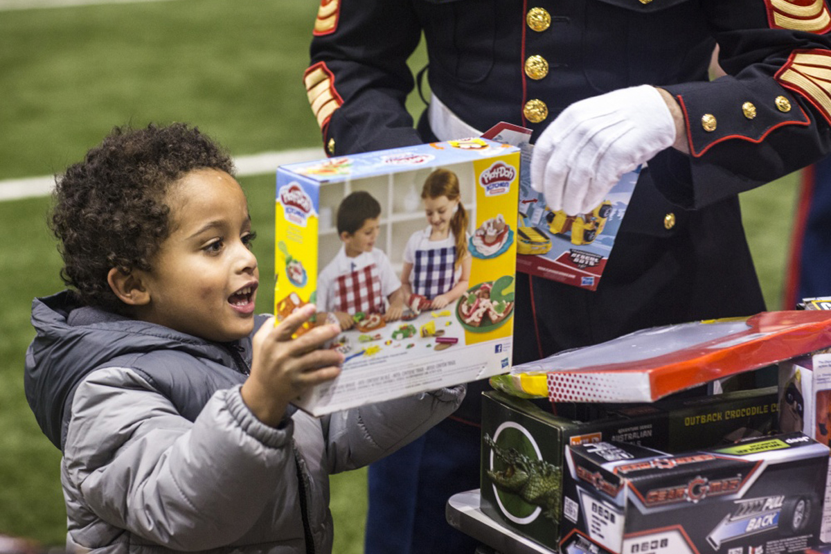 Prison Inmates Build Toys for Marine Corps Reserve's Toys for Tots Program