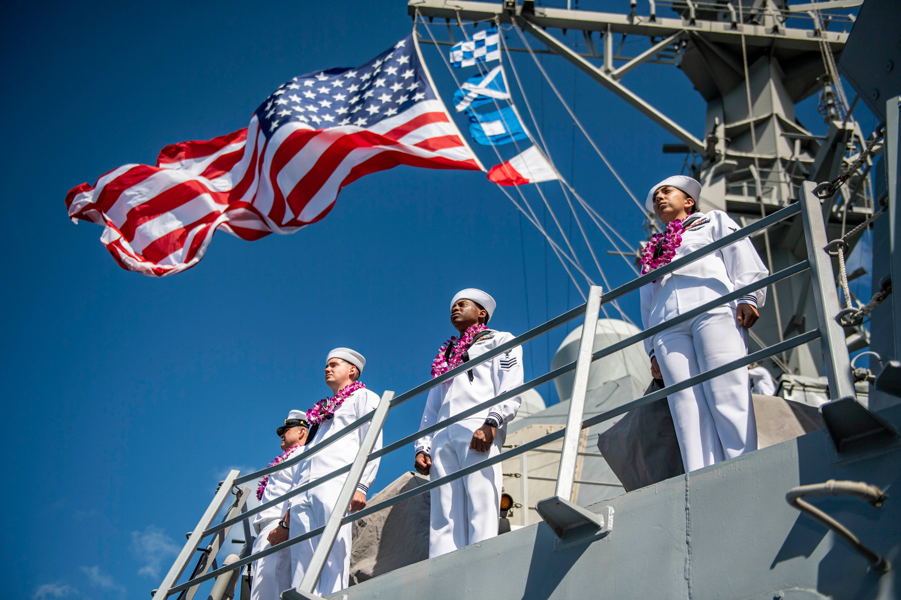 Pearl Harbor Destroyer USS Michael Murphy Returns After 92 Days at Sea