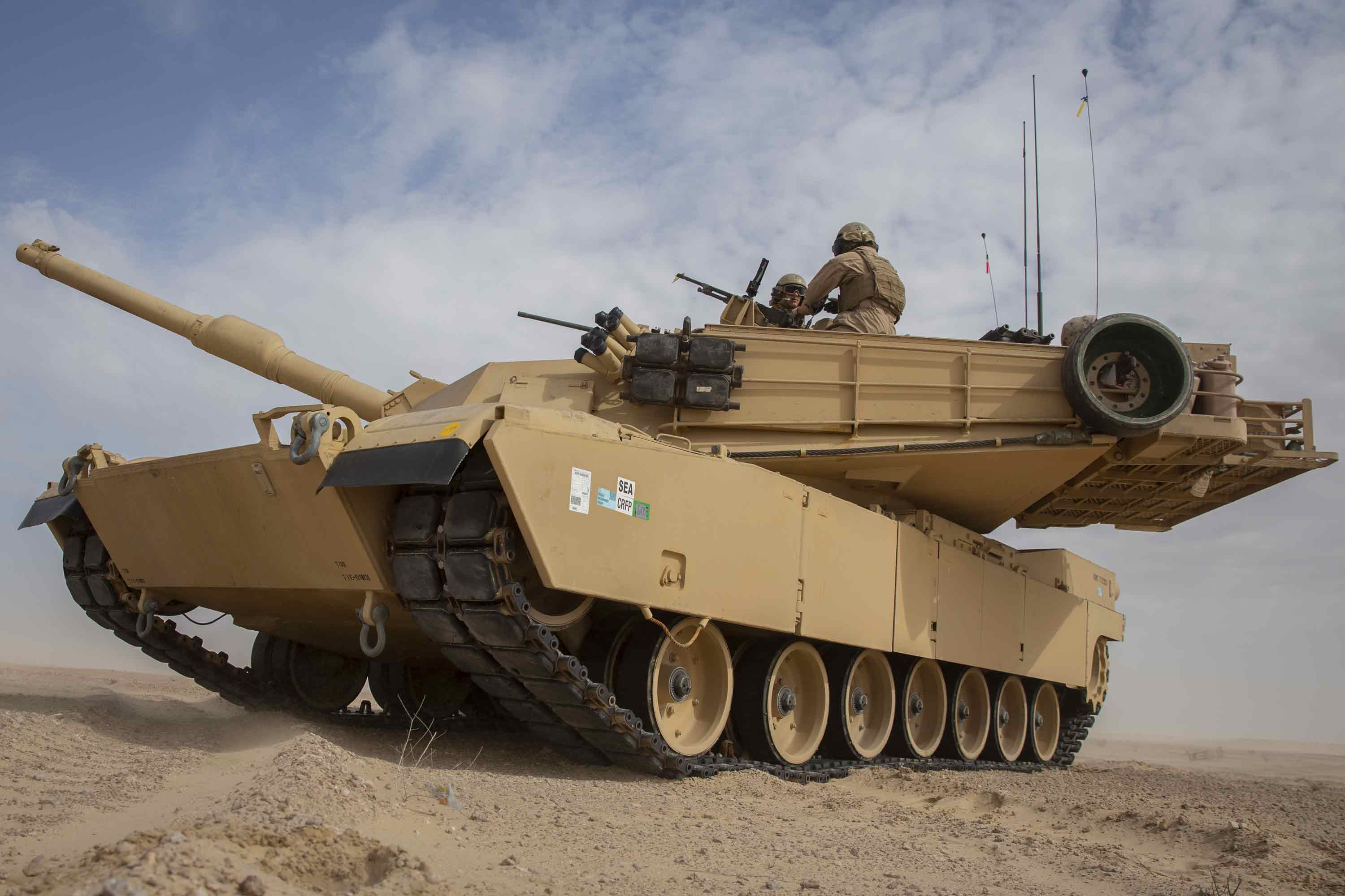 Marines to Shut Down All Tank Units, Cut Infantry Battalions in Major Overhaul