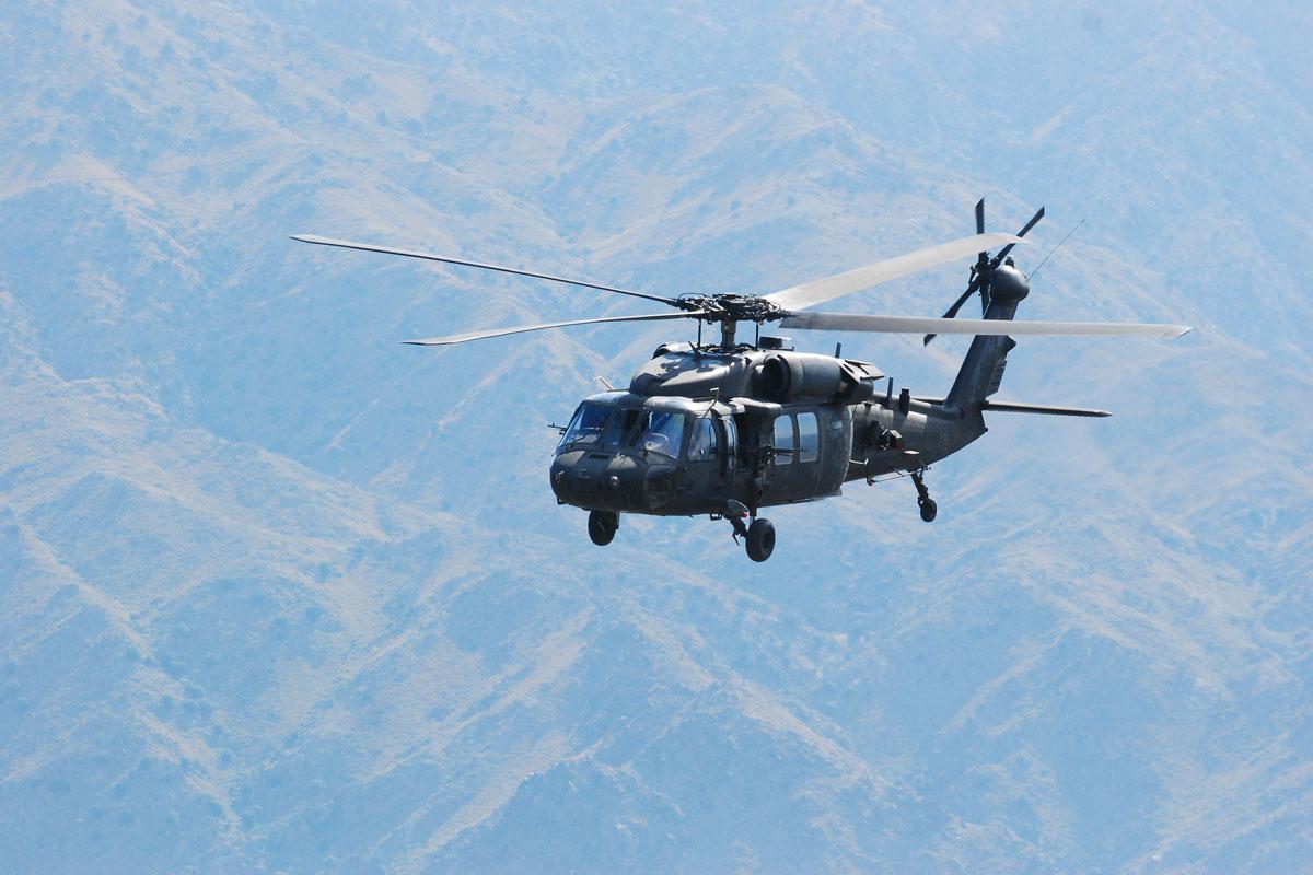 blackhawk helicopter - photo #35