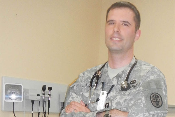 Wounded Warrior Becomes Military Doctor Military Com
