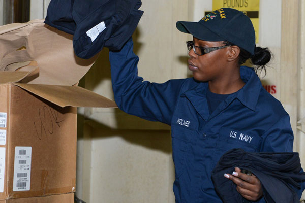 navy runs tests on lint  clears cotton coveralls for submarines