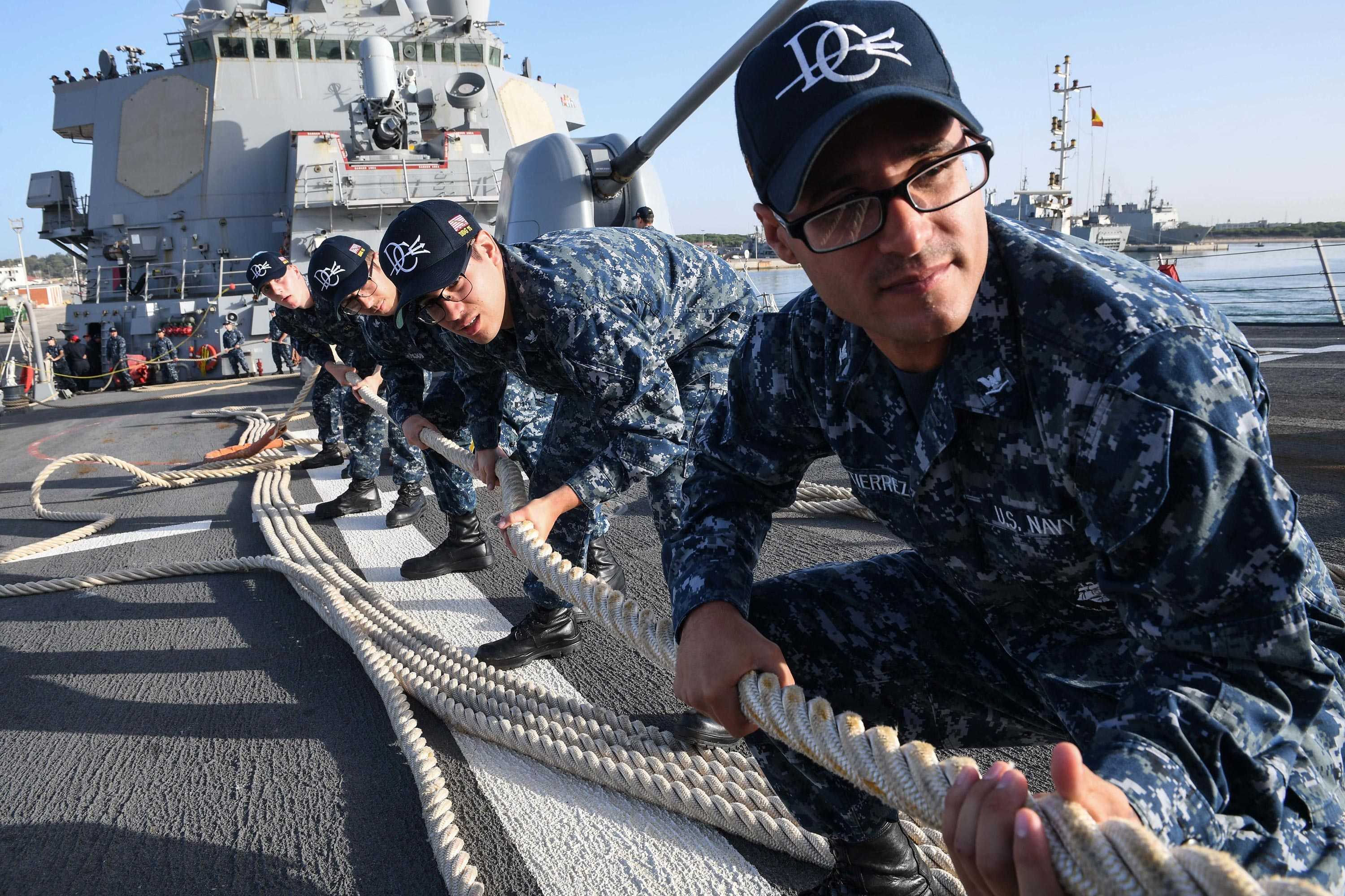 Fleet Forces Commander Wants Sailors to Work Better While ...