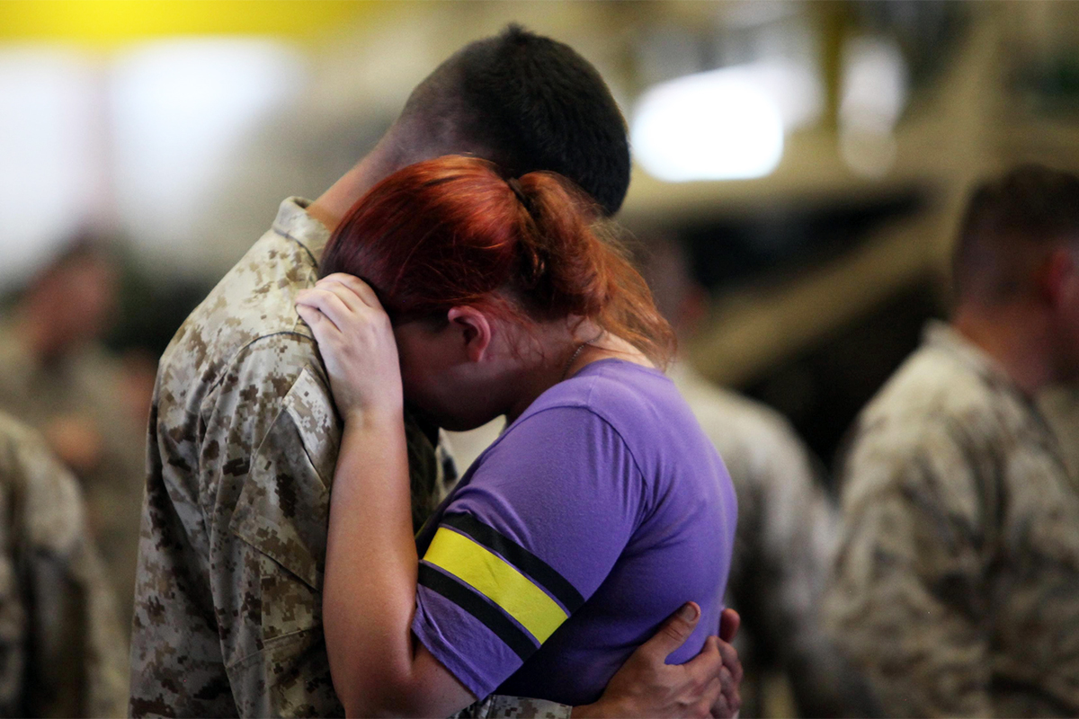 dating sites for deployed soldiers 10 things to consider before dating someone in the military image via read more about military couple deployment arguments here 8).