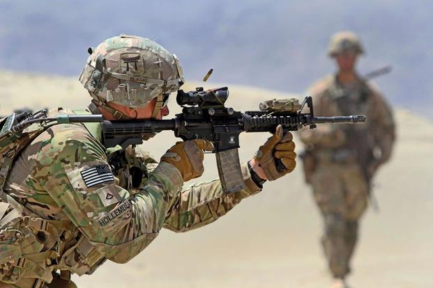 A 101st Airborne Division soldier fires an M4 carbine during a live-fire range training May 29, 2015, in eastern Afghanistan. Photo: U.S. Army.