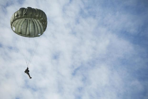 Marine Dies in Parachute Accident in Arizona | Military com
