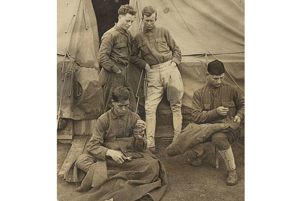 Soldiers from the 56th Infantry Regiment mend their own clothes at Camp McArthur near Waco, Texas. (Photo: National Archives and Records Administration)