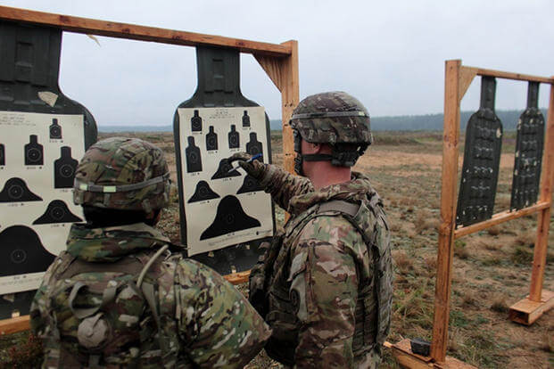 9383b12d U.S. soldiers from the NATO enhanced Forward Presence Battle Group in  Poland conduct an M4 qualification