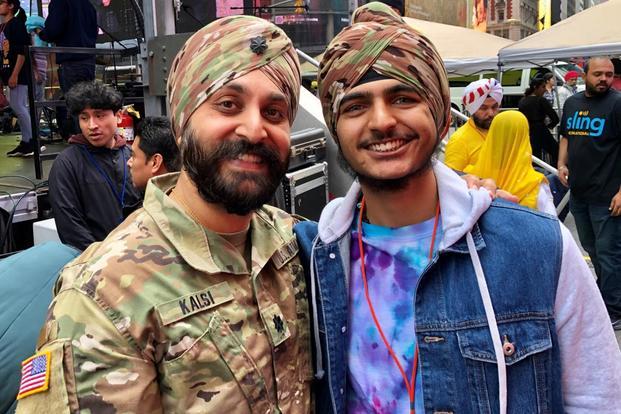 26a15a22 Army Lt. Col. Kamal Kalsi, president of Sikh American Veterans Alliance  (SAVA