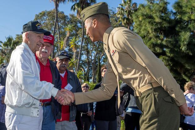 Veterans Marines Honor Th Anniversary Of Iwo Jima Battle At