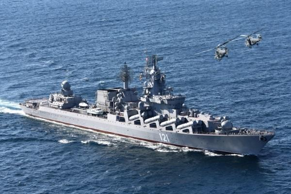 Russian President Vladimir Putin ordered the Russian missile cruiser Moskva, shown above, to start cooperating with the French military on operations in Syria. (Vadim Savitsky/ITAR-TASS)