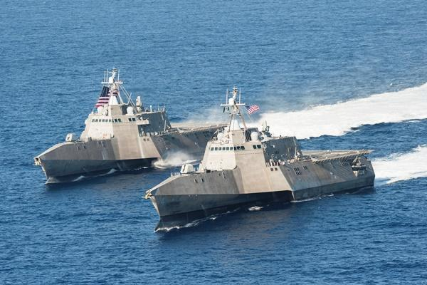 The U.S. Navy's littoral combat ships USS Independence (LCS 2), left, and USS Coronado (LCS 4) are underway April 23, 2014, in the Pacific Ocean. (Navy photo/Keith DeVinney)