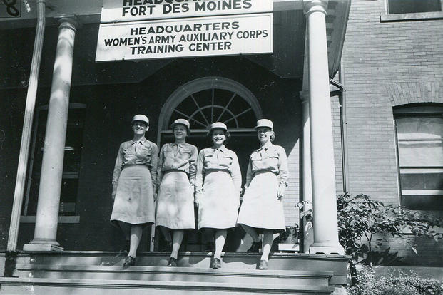 WAACs at Fort Des Moines training center