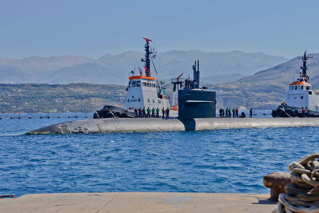 The Los Angeles-class fast attack submarine, USS Newport News (SSN-750), pulls into Naval Support Activity Souda Bay, Greece, May 23, 2016. (Photo: U.S. Navy photo by Heather Judkins)