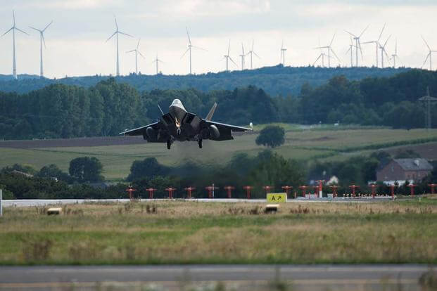 An F-22 Raptor fighter aircraft lands at Spangdahlem Air Base, Germany, Aug. 28, 2015, as part of the inaugural F-22 training deployment to Europe. (U.S. Air Force photo/Chad Warren)