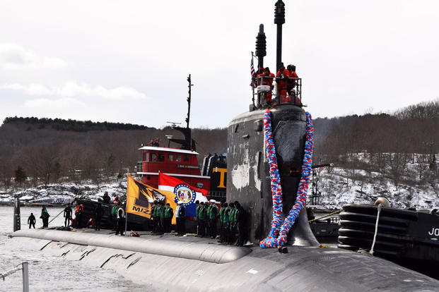 The Virginia-class, nuclear powered, fast-attack submarine USS Missouri (SSN 780) returns to its homeport at Naval Submarine Base New London from a regularly scheduled deployment, Feb. 12, 2015. (U.S. Navy Photo/Lt. j.g. Daniel Mongiove)