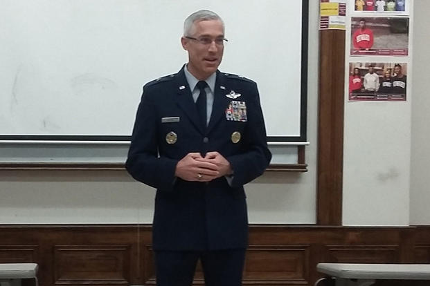Brig. Gen. Craig La Fave visits with Air Force ROTC Detachment 130 cadets at Howard University in Washington, D.C., Feb. 10, 2016. (Photo: Zach Anderson)