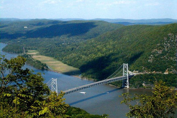 The Bear Mountain Bridge across the Hudson River as seen from Bear Mountain. (Photo: Wikimedia Commons by Mwanner)