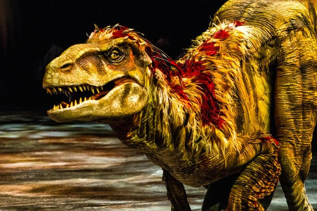 Updated Dinosaurs Stalk America In Arena Show Militarycom