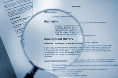 5 outrageous mistakes milspouses make on resumes military com